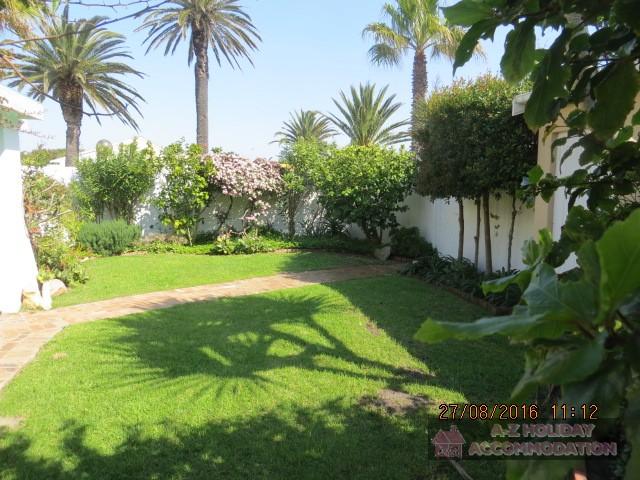 Entrance&Garden