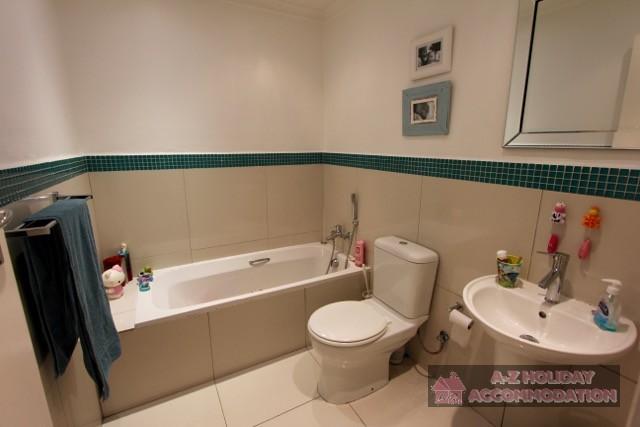 Mariner Drv 10 - bathroom