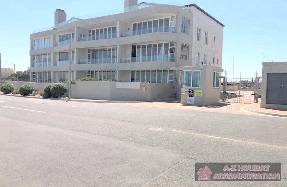 Island View apartment block (2)
