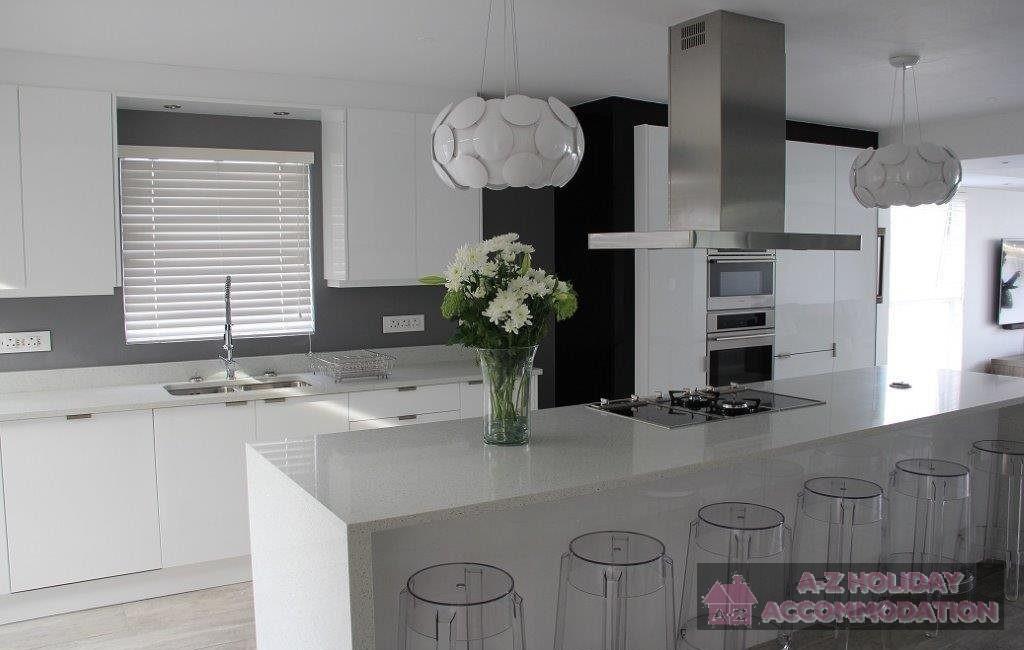 2235179_Kitchen2